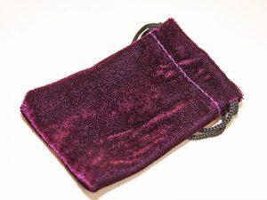 Pouch purple velvet 100 x 70 mm