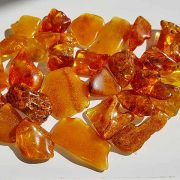 Polished Amber size 20-30 mm.
