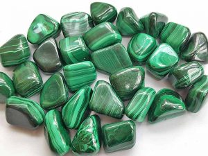 Highly polished Malachite tumble stone size 20-30 mm.