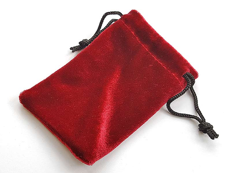 Pouch red velvet 100 x 70 mm