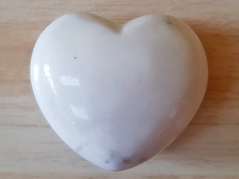 Highly polished White Howlite Heart approx 45 mm. www.naturalhealingshop.co.uk based in Nuneaton for crystals, spiritual healing, meditation, relaxation, spiritual development,workshops.