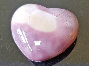 Highly polished Mookaite Heart approx 45 mm. These hearts are perfect for a gift! There are purple velvet pouches or organza bags you can purchase to pop them into for the finishing touch. Being a natural product these stones may have natural blemishes and vary in colour and banding. www.naturalhealingshop.co.uk based in Nuneaton for crystals, spiritual healing, meditation, relaxation, spiritual development,workshops.