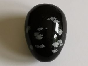 Highly polished crystal eggs approximate height 45 mm. Beautiful to collect or hold and meditate with. Being a natural product these stones may have natural blemishes and vary in colour and banding.